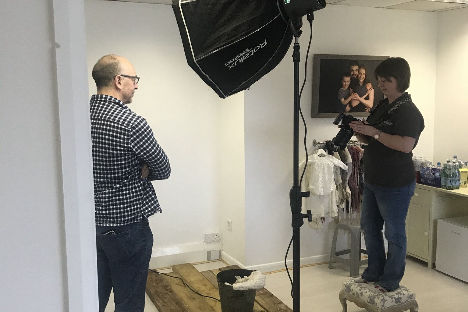 behind the scenes image of photography mentoring