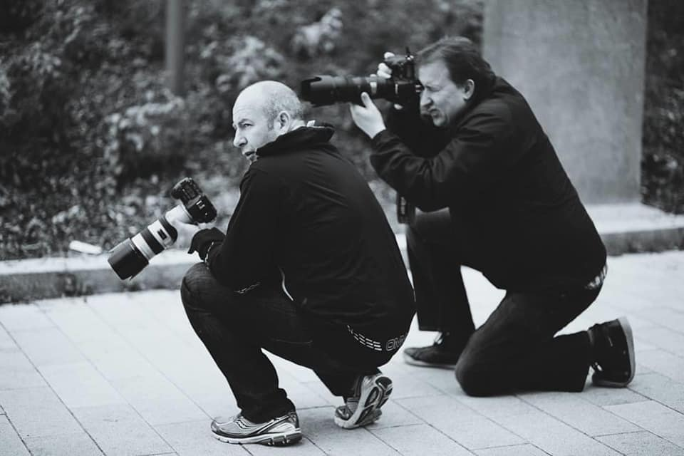 behind the scenes image of an outdoor photography mentoring in the UK